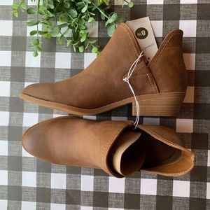 V-Cut Ankle Booties- Size 8.5